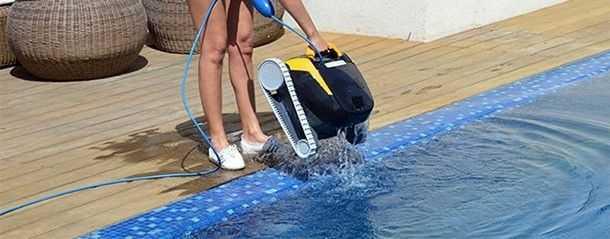 robot piscine, robot dolphin, robot maytronics, robot e20