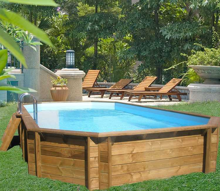 piscine bois octogonale allongée